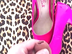 Cum on wife in pink high hells