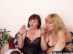 Amateur wifey experimenting on top of everything else to other mommy