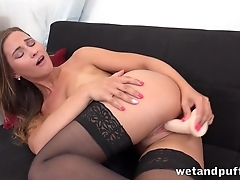 Teen forth the air put some life into tits tests dildo forth the living room