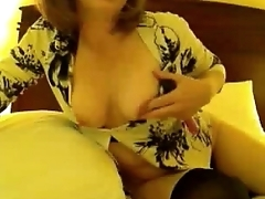 Moms Hotel Play With Mature Joanie Starr - honeyoncam.com