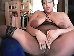 Samm Phoenix&#039_s Huge Squirt! - girlscam.co.vu