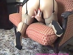 Mature British Cindy gets Horny and Wet in Her Pantyhose