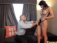 Glamour tranny swallows jizz after cockride